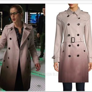 Burberry pink trench STUNNING. Seen on Felicity